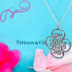 "NWOT Tiffany Venezia Goldoni Quadruplo Pendant 20"""